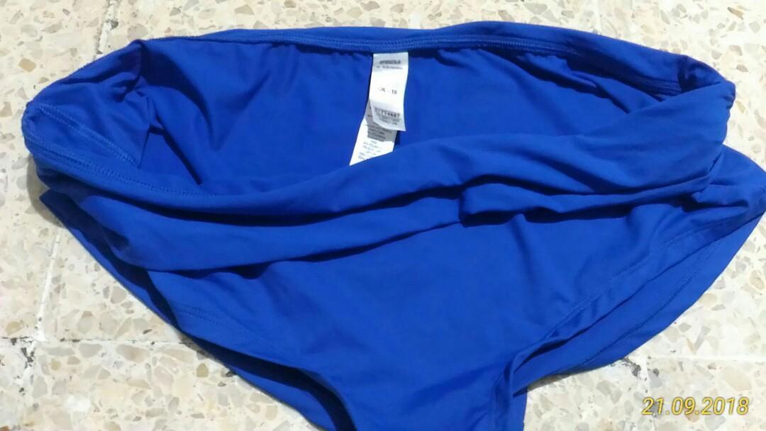 #oktosale Celana renang wanita Marks & Spencer