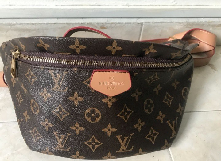 85ed48b2491 Louis Vuitton Replica Bag!