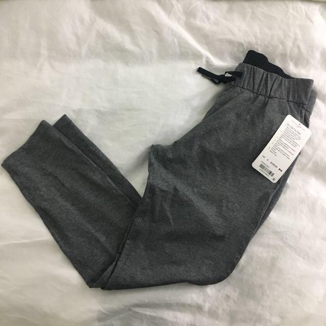 Lululemon on the fly pants
