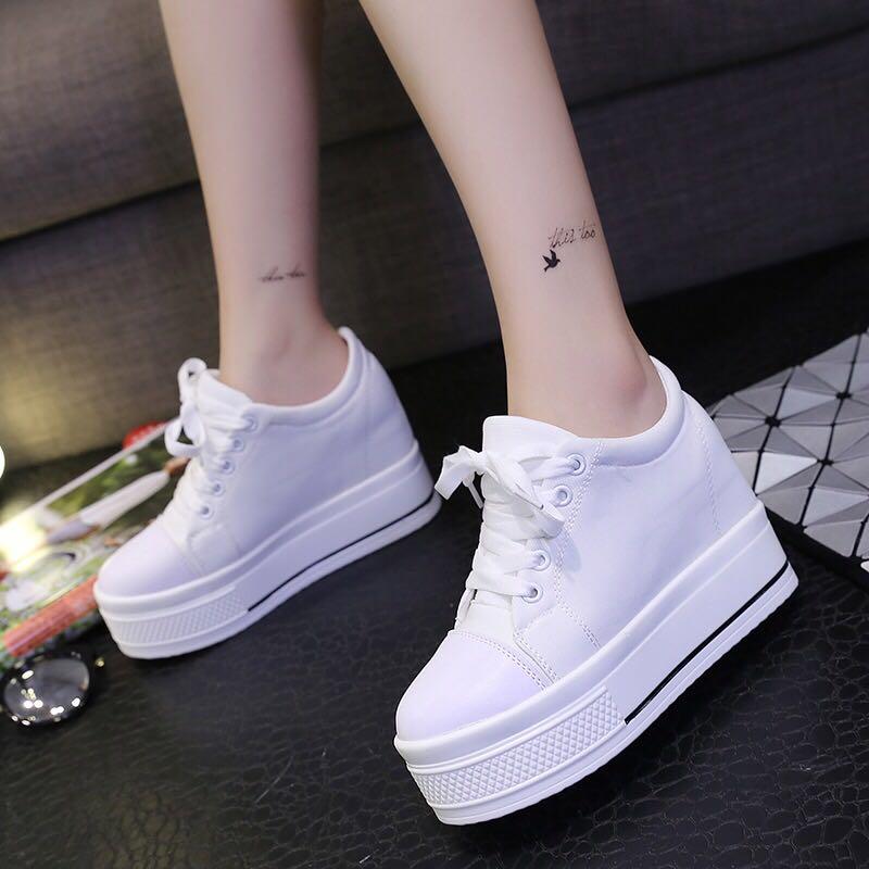 6a077a5e8ed Mono-coloured Shoelace Tie Korean Style Platform Sneakers
