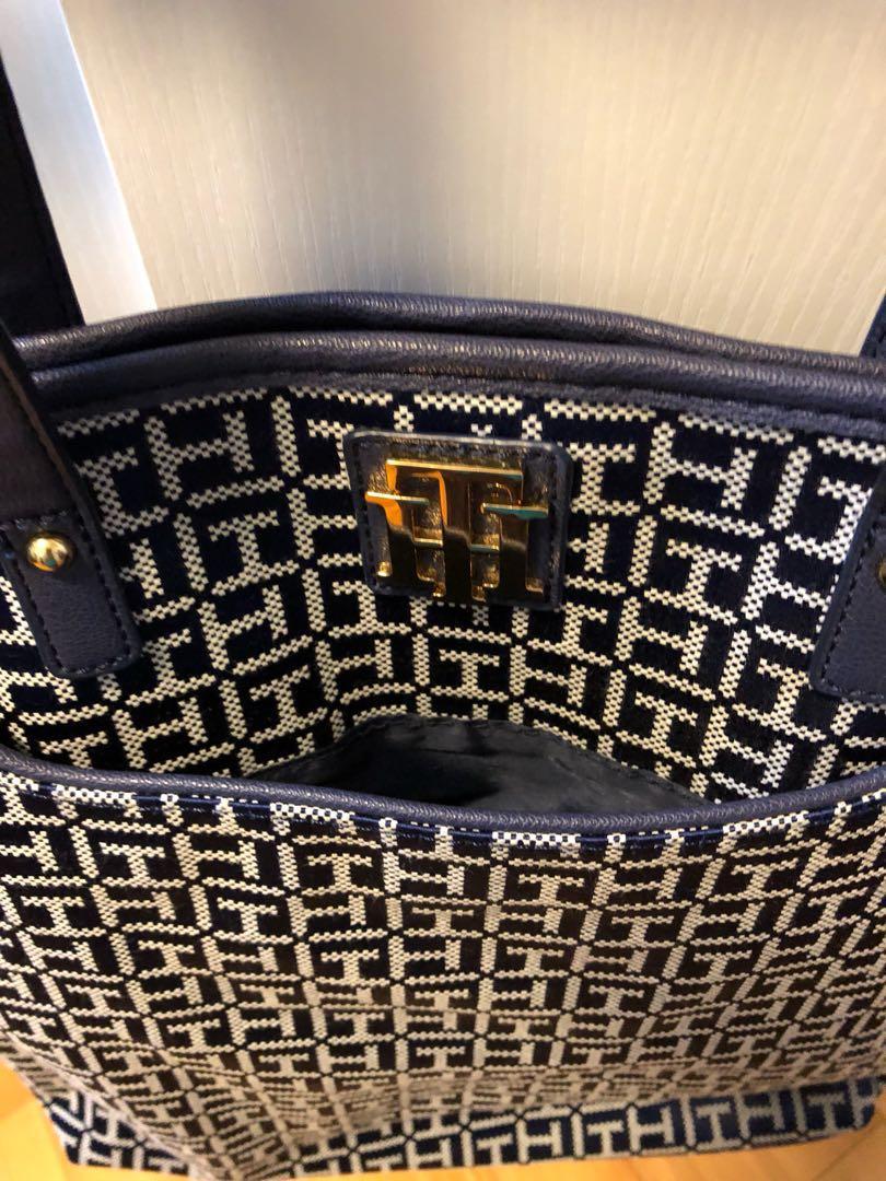 Tommy Hilfiger handbag 90% new