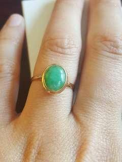 14 kt gold jade ring. Size 8