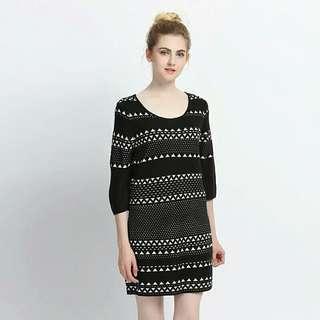 全新Sweater 撞色條紋針織毛衣七分袖洋裝 size:M/L