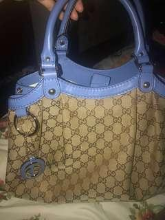 Gucci sukey hand bag purse