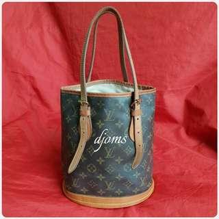 ✔Classic Louis Vuitton Bucket Pm monogram bag