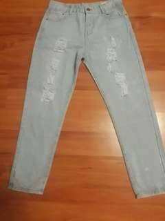 Tattered Jeans size 28