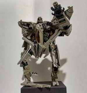 Transformer starscream voyager class revenge of fallen