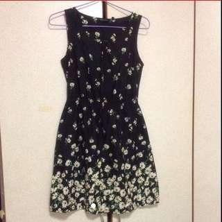 $89 Sweet Sunflowers Pleated Flare Dress From UK ( Brand New )