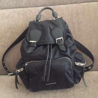 BURBERRY 後背包 中款 歐洲購入 The Rucksack 黑