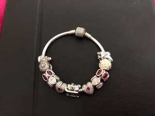 Authentic pandora beautiful Xmas bracelet with 11 charms