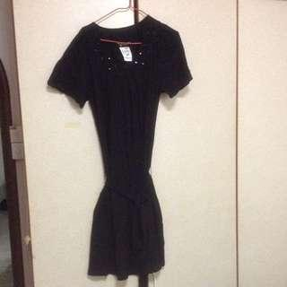 $79.90 Free-size Black Pleated Gem Flare Dress With Black Ribbon ( Brand New With Tag )