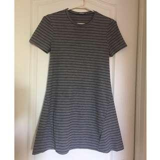 Small Zara Fall/Winter Collection Striped Grey and Black A-Line T-Shirt Dress
