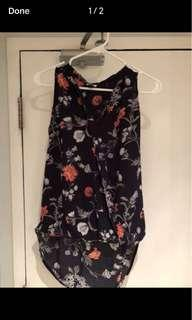 Like new dynamite women's floral blouse