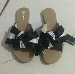FOR ME slip on sandals