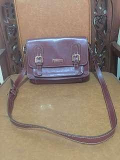 Sling bag charles & keith