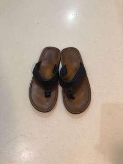 🚚 ALDO men's sandals US 11