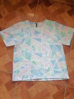 RESERVE UNTIL MONDAY MORNING Maris stella made in korea geo pattern blouse