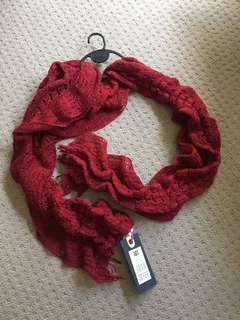 Brand new Factorie Curley Scarf
