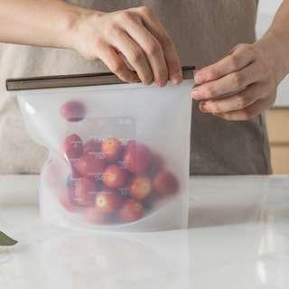 🚚 1000ml Reusable Silicon Food Storage Bag -White