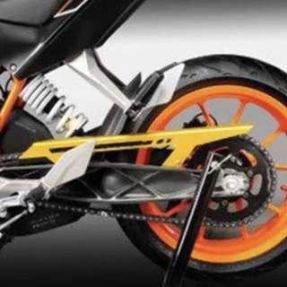 KTM Duke 200 Chain Guard