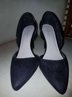 Vincci heels black size 7.5