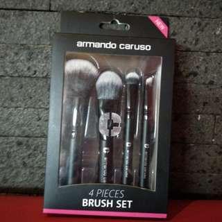 💝 Armando Caruso Brush Set