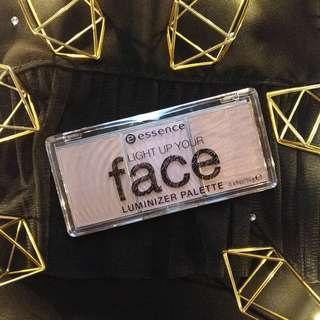 Light Up Your Face Luminizer Palette
