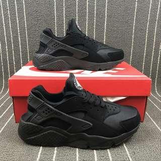 Nike Air Huarache Run Triple Black