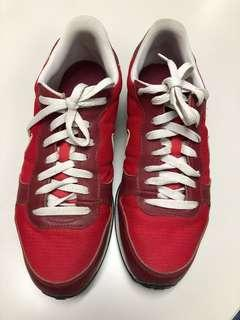Preloved Nike Men's Shoes US10 LP POSTED