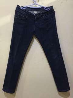 Celana jeans MNG