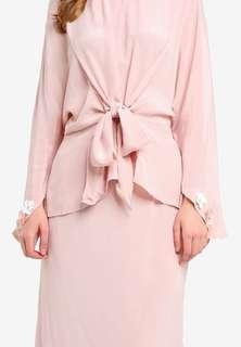 Lubna front knot top