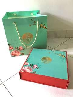 East Ocean Collectible Mooncake Box and Paper Bag
