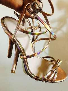 Forever New Size 36 Rose Gold Heels