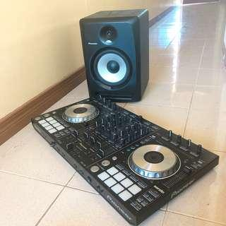 Pioneer DJ Set Contoller and Speaker