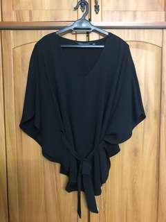 Dorothy Perkings Batwing Top with Slit