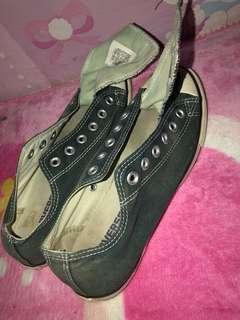 Converse sepatu