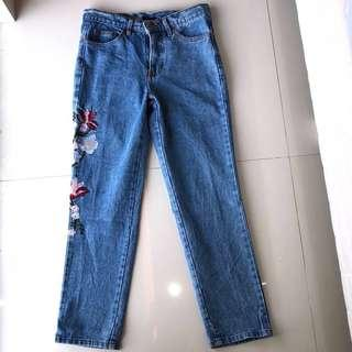 Embroidered Jeans #mauiphonex
