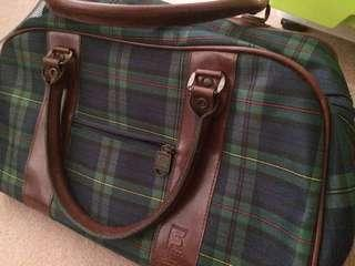 Vintage looking checkered duffle bag #MAF40