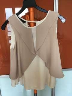 Zara XS Flowy Crop Beige Top