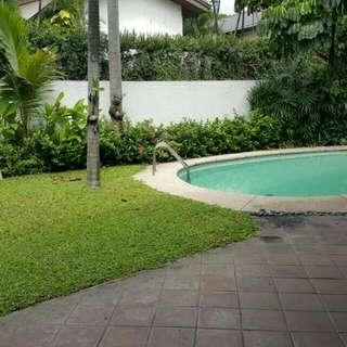 4BR 2STOREY HOUSE FOR RENT/SALE