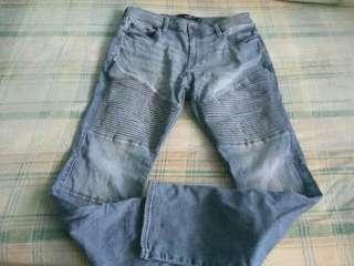 🚚 Authentic hollister cowboy's jeans suze 34