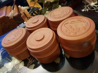 5 pcs clay chinese containers
