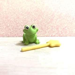 Littlest pet shop/lps/mlp/sylvanian families accessory - frog and wand