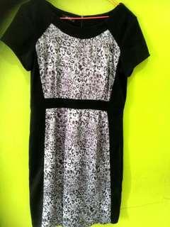 Dress pesta hitam leopard