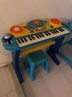 Battery operated piano