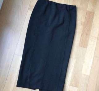 H&M Black ribbed pencil skirt