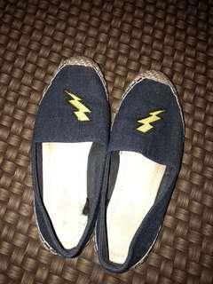 Lighting shoes