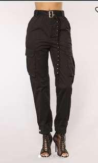 Black cargo baggy pants / trousers