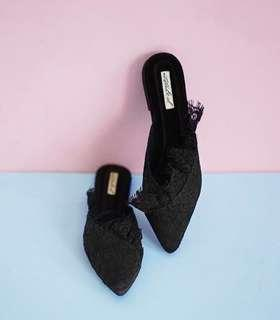 Ittaherl shoes black