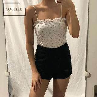 INSTOCKS Ribbed frill ruffle straight cut neckline crop cami spag top (WHITE FLORAL)